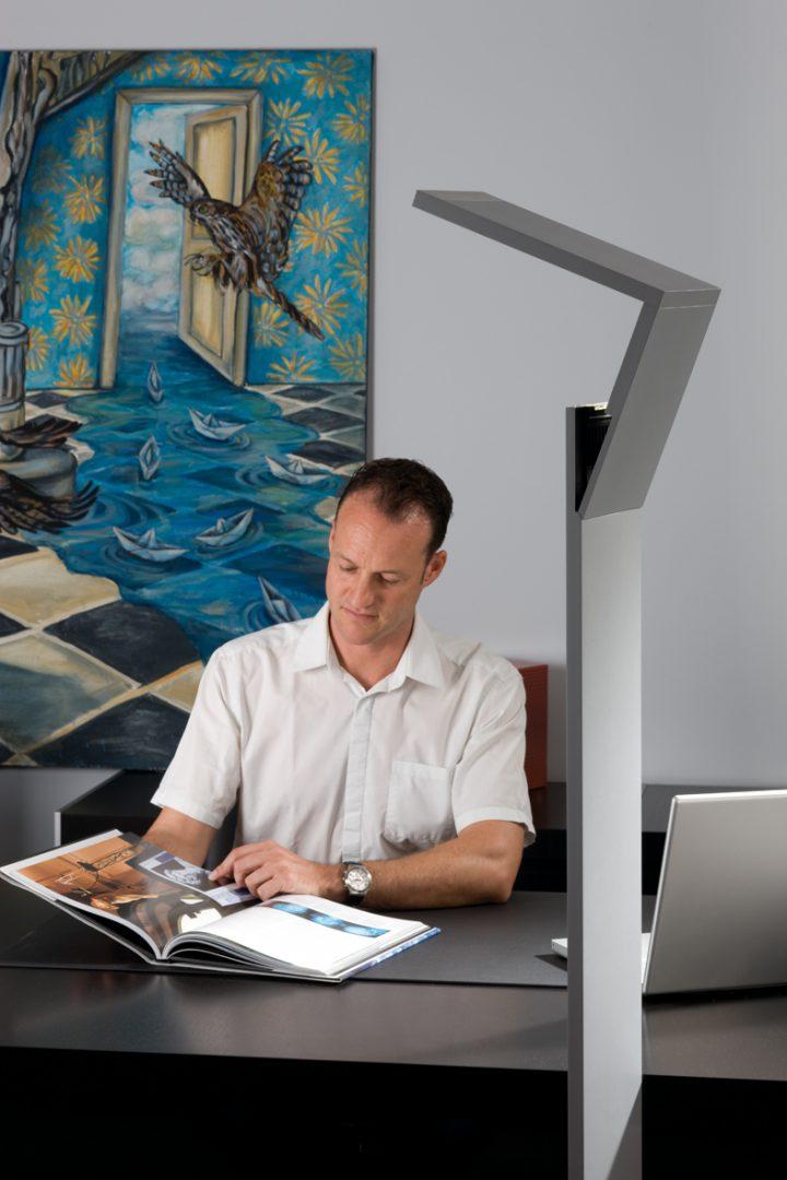 Stehleuchte Estilio Innovationspreis Technik Architektur Ralph manthey Architekten Ingenieure Berlin